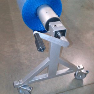 crank reel for pool cover roll-up station